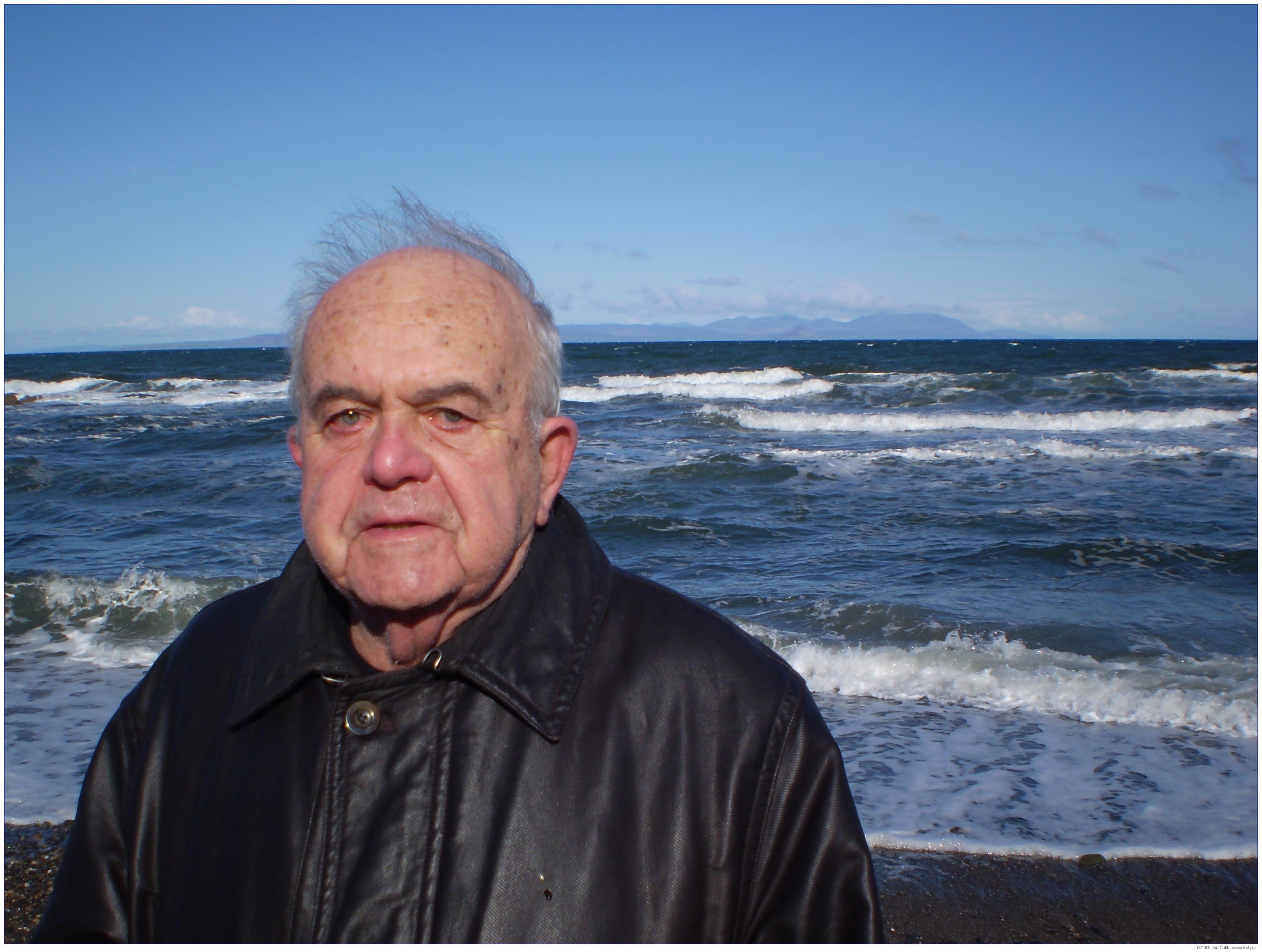 Antonín Liehm (tehdy 84) ve Skotsku v dubnu 2008